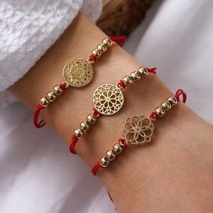 Red string beaded bracelets 3 pieces  ❤️